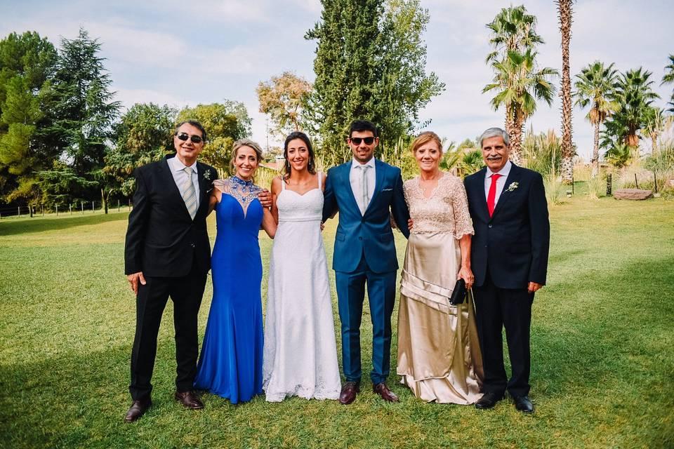 ¿Cómo deben vestir la madre y hermanas de la novia el día del casamiento?