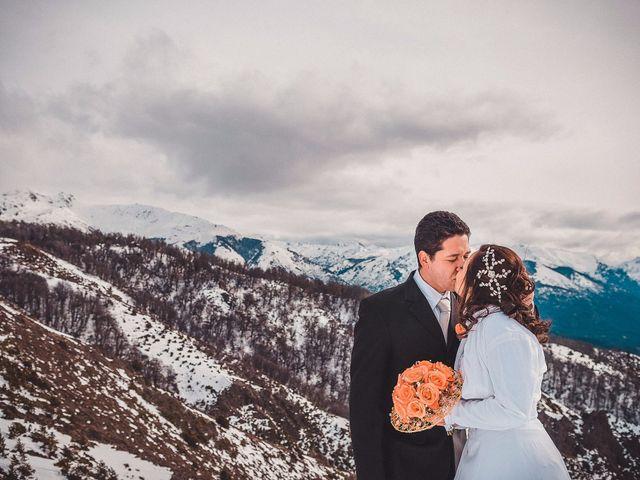 El casamiento de Cheila y Uelder, íntimo y en la nieve