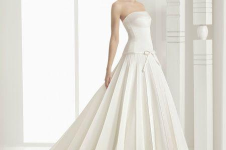 25 vestidos de novia plisados muy elegantes