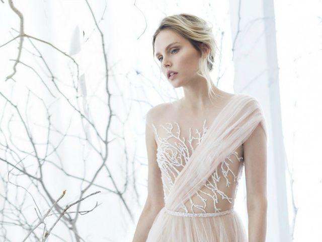 20 vestidos de novia 2017 con escote asimétrico para novias con personalidad