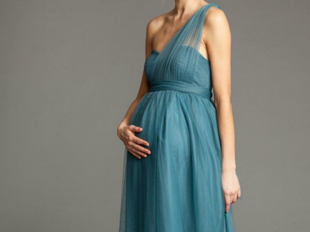 "30 vestidos de fiesta ""futura mamá"" para invitadas embarazadas"