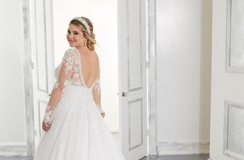 50 complementos de pelo para destacar tu look de novia: ¡tocados, tiaras, diademas y más!