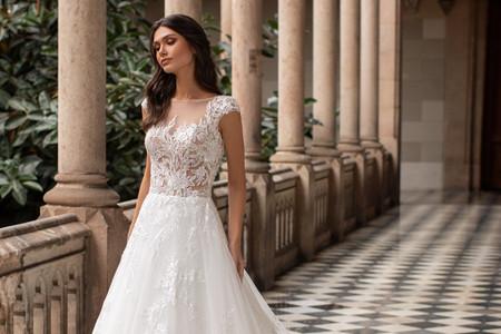 Guía básica para elegir la tela del vestido de novia: conocé estos conceptos clave