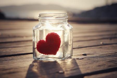 Paso a paso: frasco romántico con frases para el Día de los Enamorados