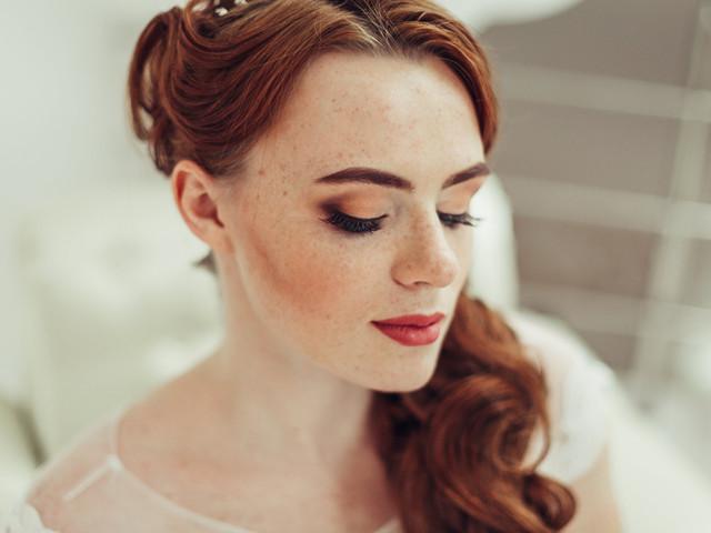 5 trucos (muy fáciles) para combatir las ojeras y lucir una mirada fresca en tu boda