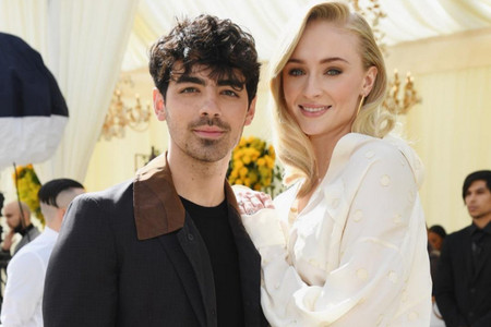 Segunda boda para Sophie Turner de Game of Thrones y el cantante Joe Jonas en Francia
