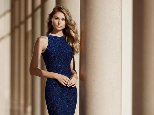 Vestidos de fiesta Rosa Clará 2020: modelos para invitadas con estilo
