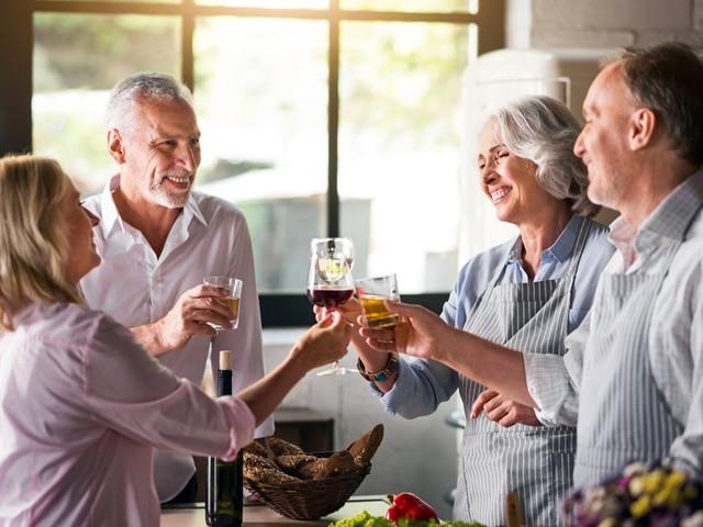 ¿Cómo encarar el primer encuentro con tus suegros? 5 consejos