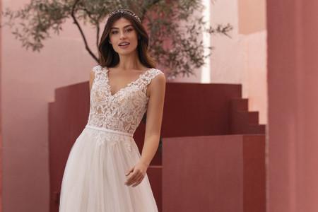 Descubrí la colección de vestidos de novia White One 2021