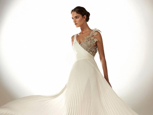 Atelier Pronovias 2021: vestidos de novia de inspiración hollywoodense