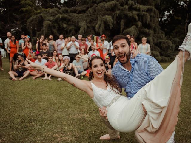 Cinco ideas para disfrutar de una fiesta poscasamiento con su familia y amigos