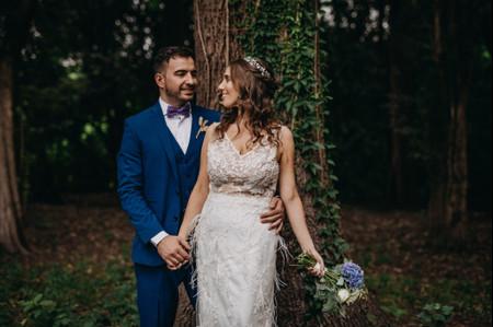 Peinados de novia para media melena: 30 propuestas versátiles