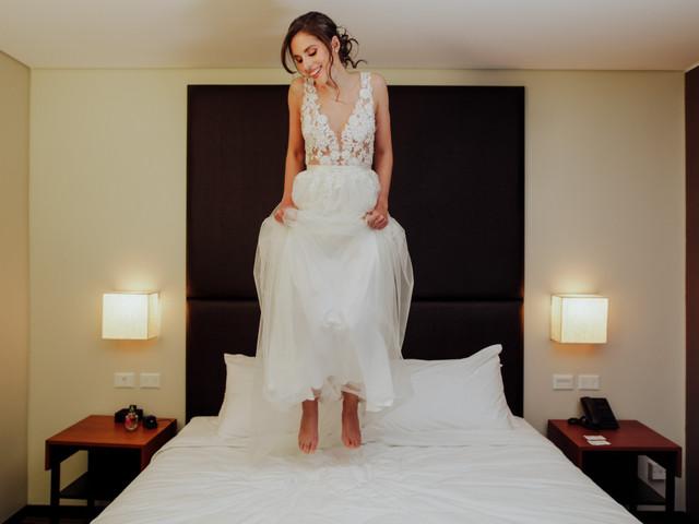 6 momentos que vivirás como novia en la búsqueda de tu vestido, ¿preparada?