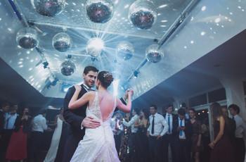 ¿Cómo evitar pasar vergüenza en la pista de baile? 8 tips