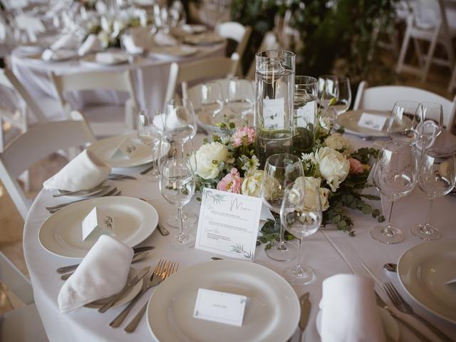 ¿Cuál es el protocolo para preparar las mesas del casamiento?
