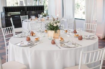 ¿Cómo decorar mesas de casamiento redondas?