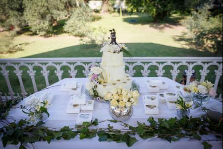 Tortas de casamiento individuales: diseños renovados para un clásico dulce
