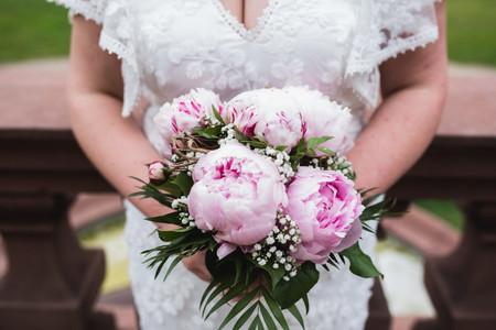 ¿Cómo elegir el color del ramo de novia? 5 tips