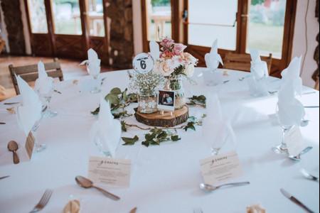 10 ideas de centros de mesa con flores para una decoración romántica