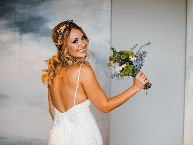 5 consejos para elegir complementos dorados para tu look de novia