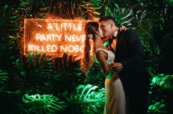 Carteles de neón: ¡última tendencia para casamientos!