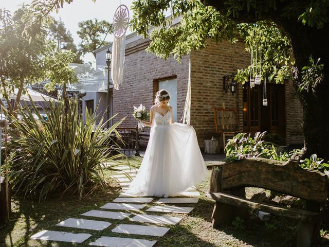 ¿Cómo elegir el vestido de novia según el lugar del casamiento? 7 claves