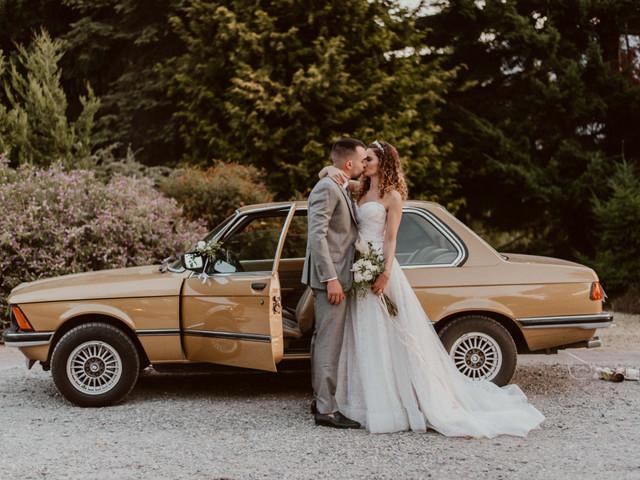 Las fotos con el auto de novios: 6 ideas para un retrato inolvidable