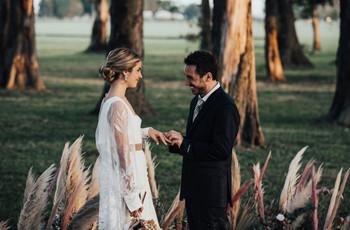 ¿Son argentinos y se quieren casar en otro país? Esto es todo lo que deben saber