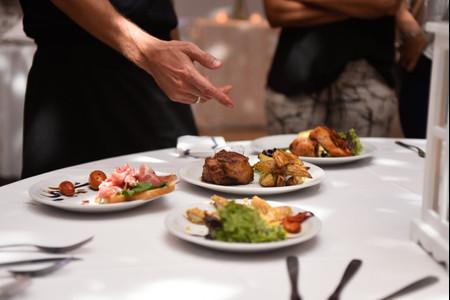 ¿Alquilar el salón con o sin catering? 6 tips para decidirse