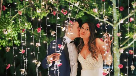 5 propuestas para un photocall al aire libre, el rincón más divertido para su fiesta
