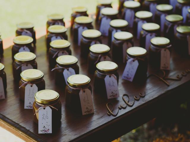 35 frases para darle un toque personalizado a los souvenirs de casamiento