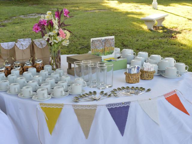 Mesa de café para el casamiento: 6 tips para armar un rincón cálido