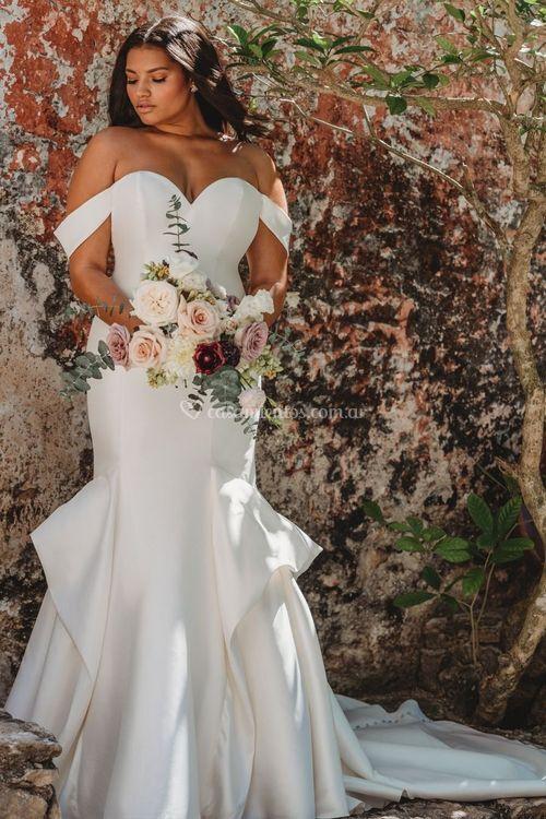 9658, Allure Bridals