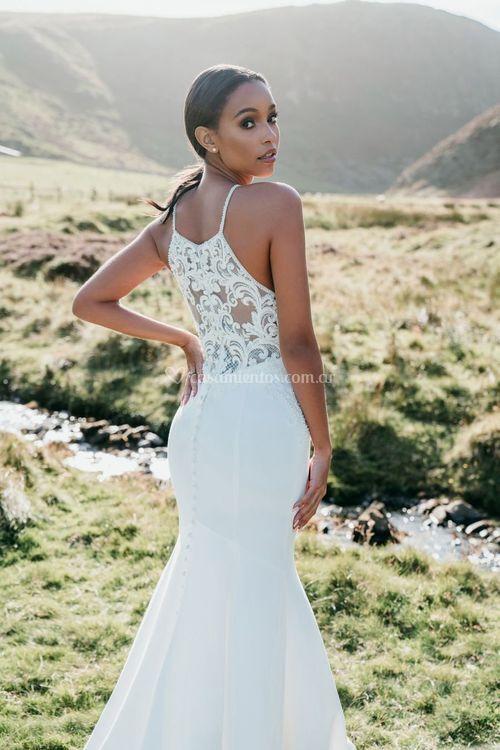 9712, Allure Bridals