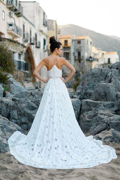 F203, Allure Bridals