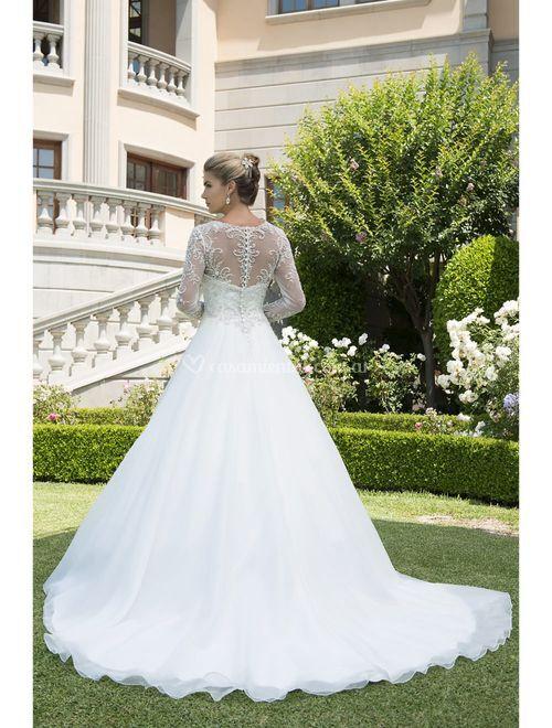 VE8298, Venus Bridal
