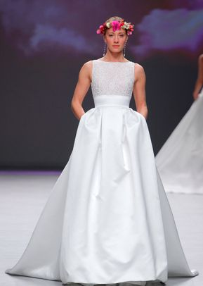 BL20201, Monique Lhuillier