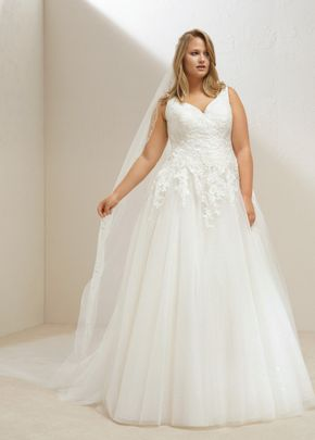MARY PLUS, Pronovias