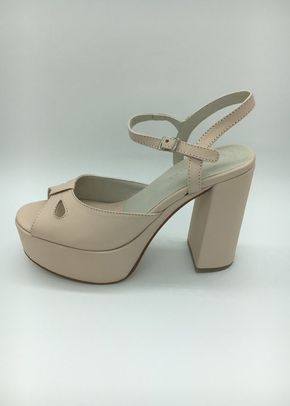 CALIFORNIA 01, Epica zapatos