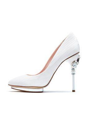 Bridal pump white , Oscar de la Renta