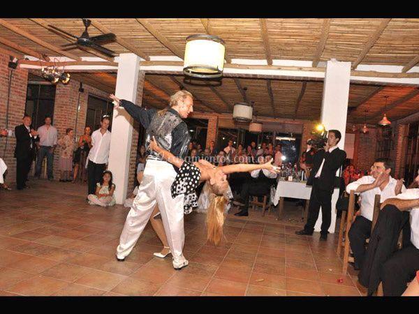 Bailando en casamiento