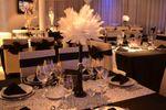 Mesas elegantes y centros de Eiffel Eventos