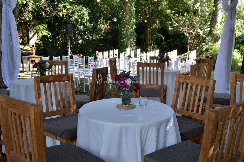 Mesas altas romanticas
