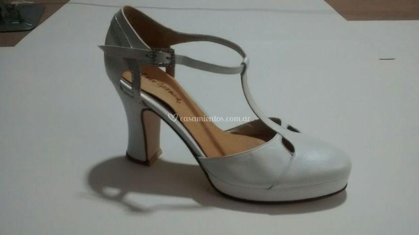 Zapato novia punta cerrada