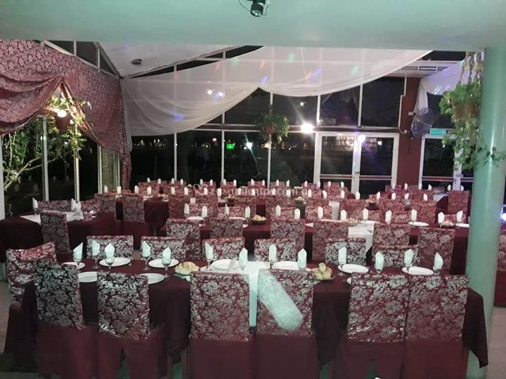Sala de estar decorada