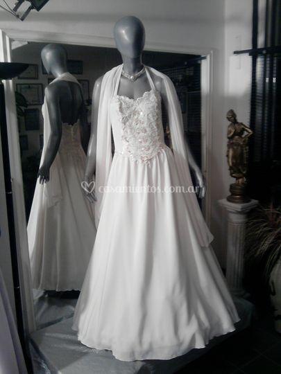 Vestido de novia color natural