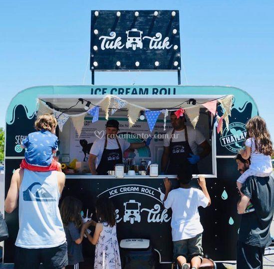 Tuk Tuk - Ice cream roll