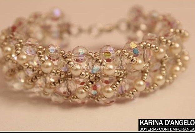 Brazalete cristales y perlas