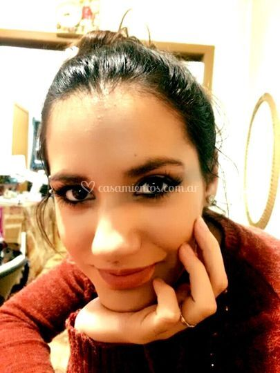 Maquillaje resaltando ojos