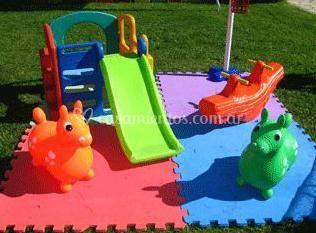 Plaza blanda para niños
